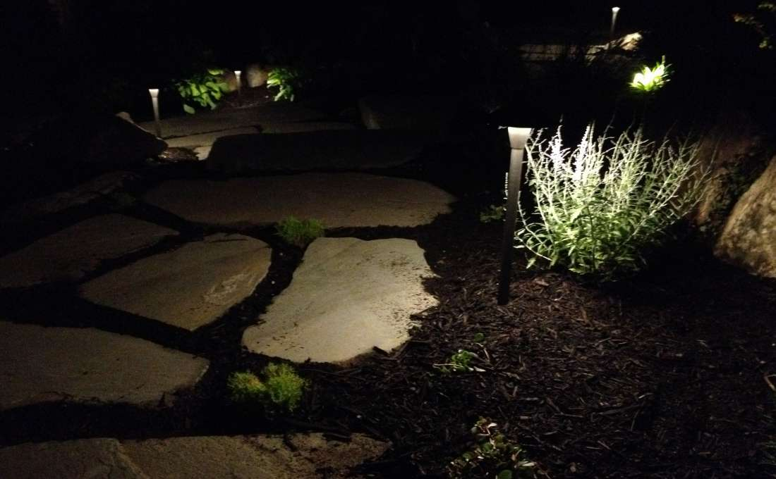 ... LED landscape path lighting for bluestone steppingstone walkway ... & Residential Landscape Lighting Professionals | Autumn Leaf azcodes.com