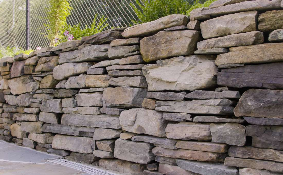 Rock Wall Design - [Homestartx.Com]