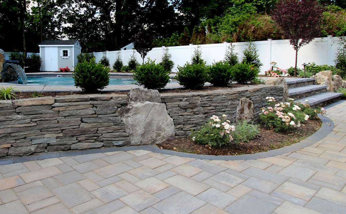 Retaining wall construction professionals autumn leaf natural rock walls truly create unique landscapes as two stones are never the same autumn leafs skilled masons will build your garden wall to last for workwithnaturefo