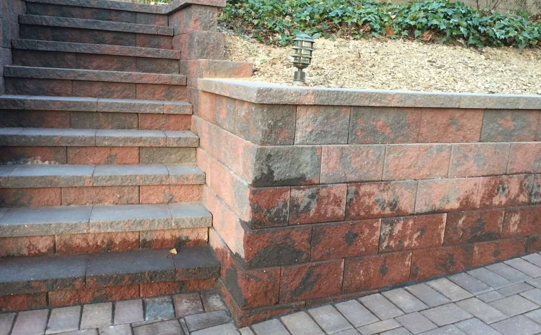 Retaining wall construction professionals autumn leaf for Xd garden design