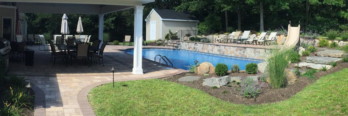 Pool Design & Build | Autumn Leaf