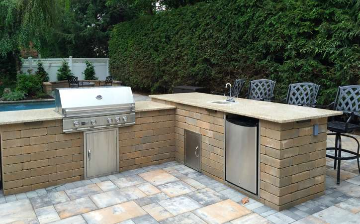 Custom Outdoor Kitchen Design Autumn Leaf Landscape Design