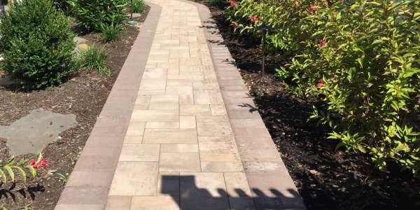Cambridge pavingstone walkway