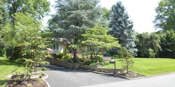 Front Entryway Landscape Design.. Huntington, Long Island